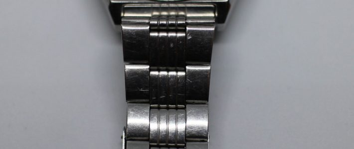 Как укоротить длину стального браслета на часах