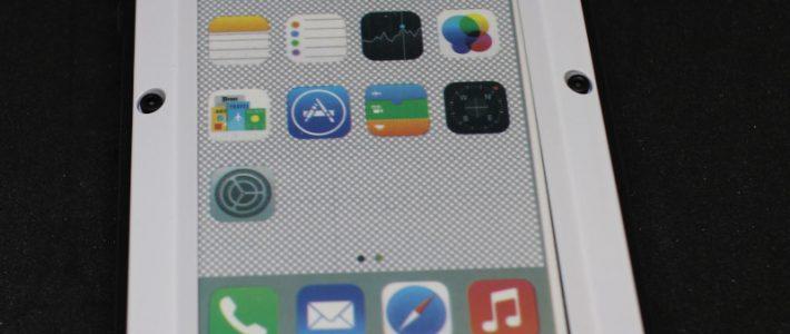 Как дополнительно защитить свой айфон? Обзор защищенного чехла для iPhone SE