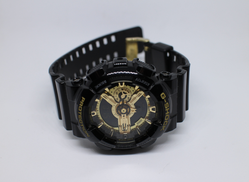 Часы Casio G-Shock GA-110GB.